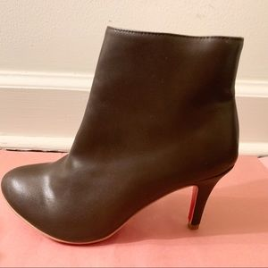 Shoes - NEW Brown Leather Ankle Boot 39